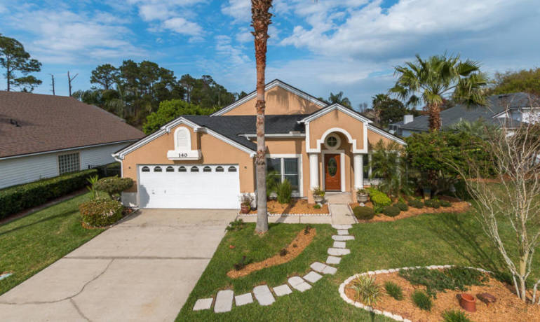 SOLD – Ponte Vedra Beach 4 Bedroom 2 Full Bath in Seaside