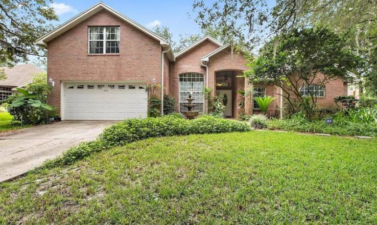 Beautiful, Spacious 4 Bed/4 Bath Brick Home – Close to Ed Austin Regional Park, Hannah Park, Atlantic and Neptune Beach!